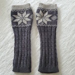 NWOT Cable Knit Fingerless Mittens